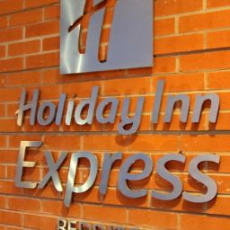 Vista esterna Holiday Inn Express REDDITCH
