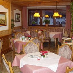 Breakfast room within restaurant An der Peitnach Gästehaus