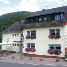 Exterior view Steeger Tal Pension