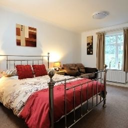 Suite Exeter Court Kennford