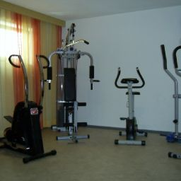 Fitness room Apart-Chiara Pension