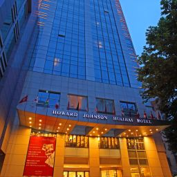 Vista exterior Howard Johnson Huaihai Hotel Shanghai