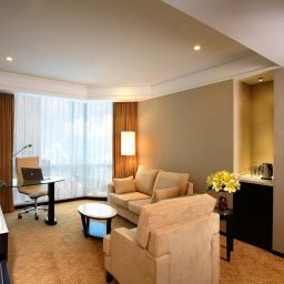 Junior suite Howard Johnson Huaihai Hotel Shanghai