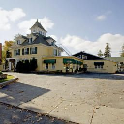 Clarion Inn & Conference Centre Gananoque
