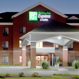 Vista exterior Holiday Inn Express & Suites SUFFOLK