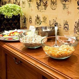 Buffet Arbat House