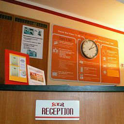 Reception Premium Hostel