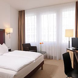 Room Azimut Munich City East