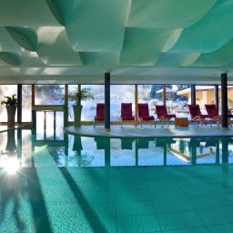 Pool Mirabell Dolomiten Wellness