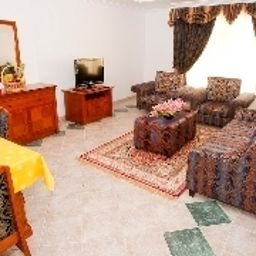 Family room Safeer Hotel Suites
