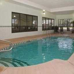 Pool Comfort Inn Near Walden Galleria Mall