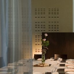 Breakfast room within restaurant DOUBLETREE BY HILTON MILAN