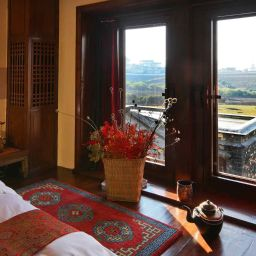 Room Songtsam Retreat at Shangri-la - MGallery Collection