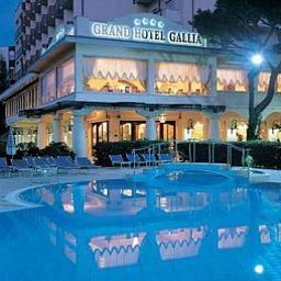 Piscina Grand Hotel Gallia