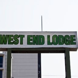 Exterior view West End Lodge Fotos