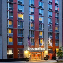 Vista esterna DoubleTree by Hilton New York - Times Square South