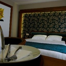 Suite Junior Bella Otel Business design