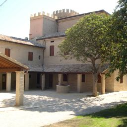 Exterior view Castello Montegiove Country House