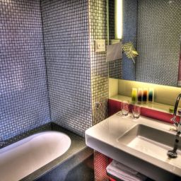 Bathroom Edinburgh Hotel Missoni