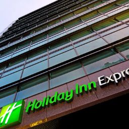 Vista exterior Holiday Inn Express BOGOTA