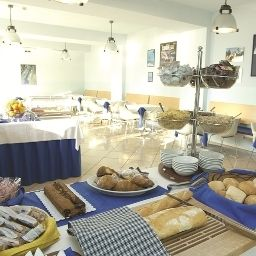 Breakfast room within restaurant Torbole Hotel Residence Fotos