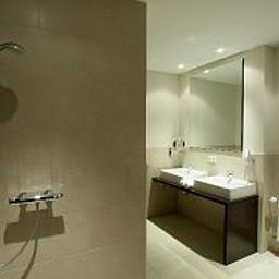 Camera da bagno Friendly Cityhotel Oktopus
