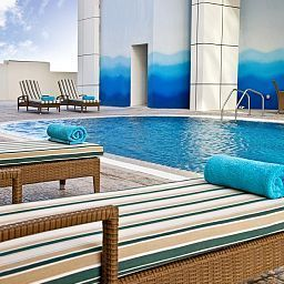 Pool Swiss-Belhotel Doha Suites & Residences