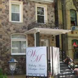 The Wellesley Manor Toronto