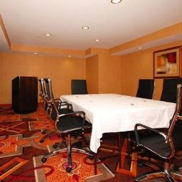 Conference room Comfort Suites Exton