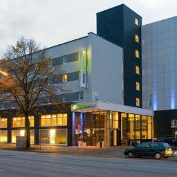 Exterior view Holiday Inn Express HAMBURG CITY CENTRE