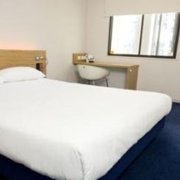 Room TRAVELODGE LONDONCENTRALTOWERBRIDGE