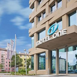 Фасад Motel One City Süd