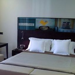 Room TOWNHOUSE 27