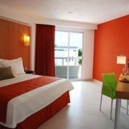 Room Ramada Cancun City