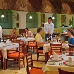Restaurante Grand Palladium Colonial Resort & Spa Fotos