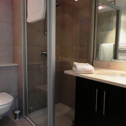 Bathroom Calypso Residence Services