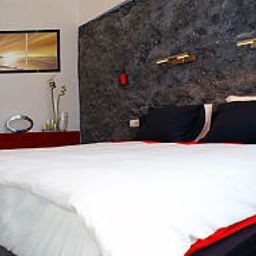 Chambre Komorowski Luxury Guest Rooms