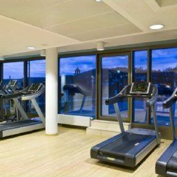 Fitness room Park Inn by Radisson