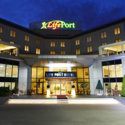 Exterior view LifePort Hotel