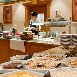 Buffet Majestic Alpine Wellness Resort