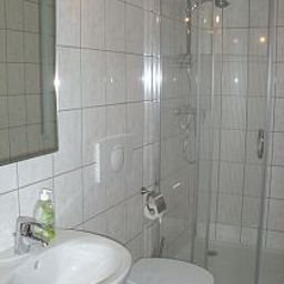 Camera da bagno City-Hotel Fotos