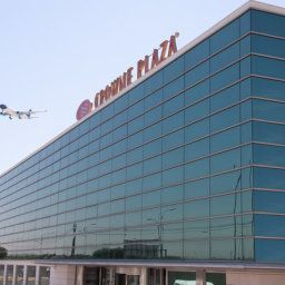 Exterior view Crowne Plaza MADRID AIRPORT