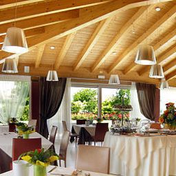 Breakfast room within restaurant Villa Annamaria Relais Fotos