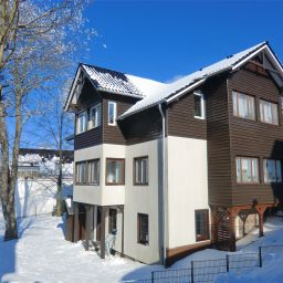 Vista exterior 810 M Oberhof Pension