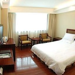 Room Green Tree Inn North Minzhu Road Express Hotel
