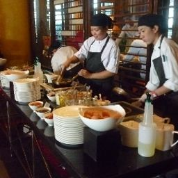Buffet Tower Club at lebua