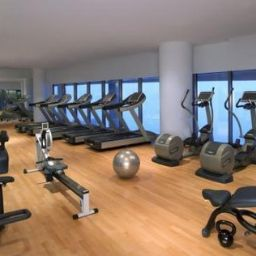 Fitness room Jumeirah at Etihad Towers Hotel