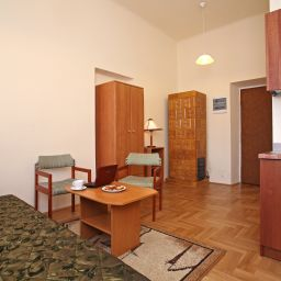 Enigma Hostel&Apartments