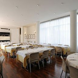 Breakfast room within restaurant Cora Fossati