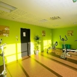 Sala fitness All Suites Appart Hôtel Pau